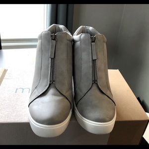 Grey Wedge Sneakers-size 9 1/2